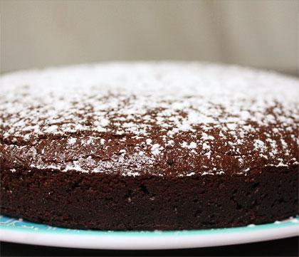 Εύκολο σοκολατένιο κέικ, νηστίσιμο
