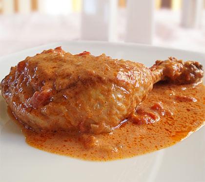 Κοτόπουλο κατσαρόλας με πάπρικα