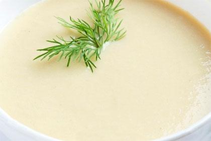 Εύκολη πατατόσουπα με τυρί