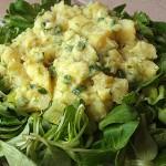 Σαλάτα με βαλεριάνα και πατάτες