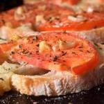 Κροστίνι με ντομάτα