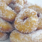 Ντόνατς  - Λουκουμάδες με ζάχαρη