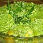 Πατατοσαλάτα με σάλτσα ρόκας