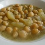 Ρεβίθια σούπα με πατάτα