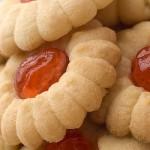 Μπισκότα βουτύρου με κεράσι