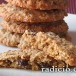 Μπισκότα με βρώμη και σταφίδες