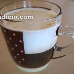 Καφές με γάλα σε επίπεδα
