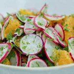 Σαλάτα με ραπανάκια και πορτοκάλι