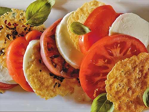 salata-motsarela