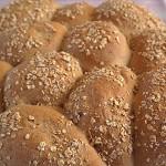 Ζυμωτό ψωμί με τρία αλεύρια