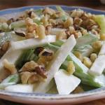 Σαλάτα με μήλο (waldorf)