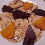 Συνταγή από Jenny για Ραβιόλια τρία τυριά, με πολύχρωμα πατζάρια, βαλσάμικο και ...