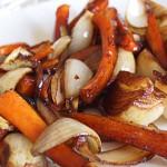 Καραμελωμένα καρότα και κρεμμύδια