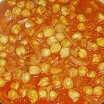 Ρεβίθια σε πικάντικη σάλτσα