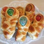 Πασχαλινά τσουρεκάκια - κούκλες