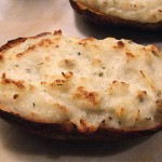 Πατάτες γεμιστές με τυρί